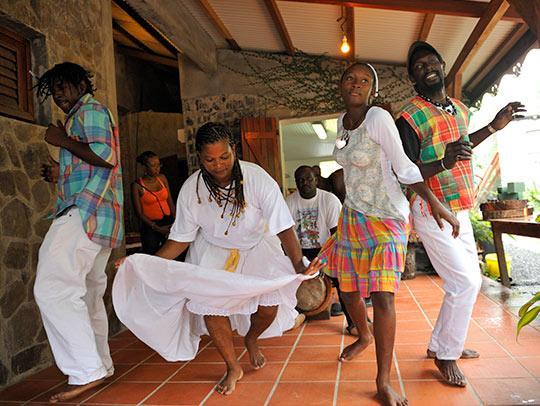 Bélè dancing in Martinique